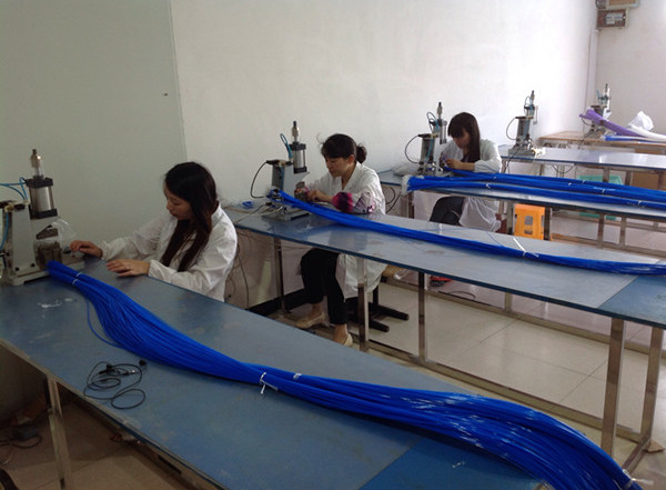 cleaning brush manufacturer
